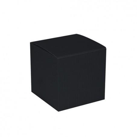 Cube de carton noir