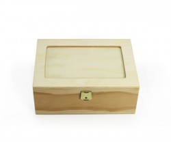 Boîte de bois avec verre